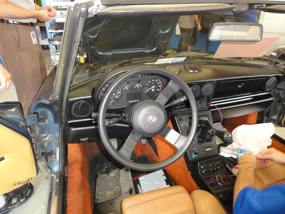 19871994 Alfa Romeo Spider Car Audio Profile On Engine Swap Wiring Diagrams: Alfa Romeo Engine Diagrams At Motamad.org