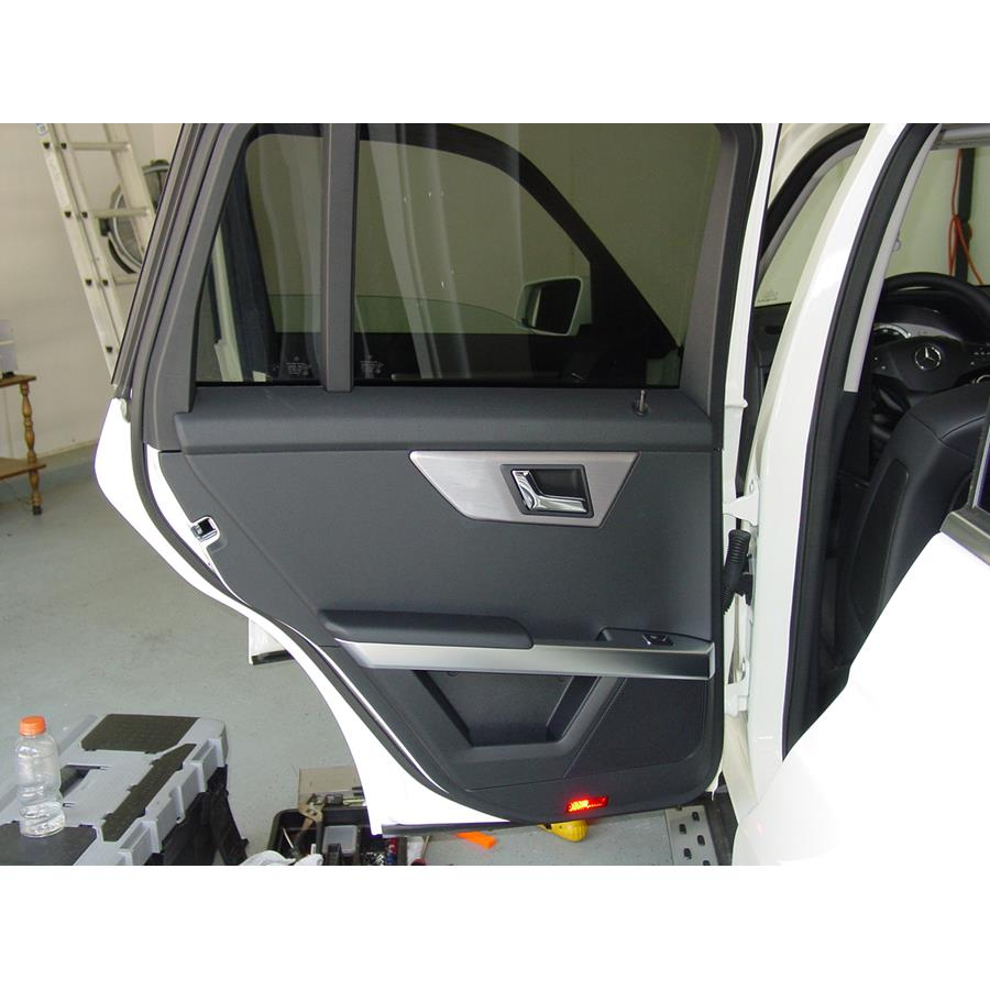 2015 Mercedes-Benz GLK-Class Rear door speaker location