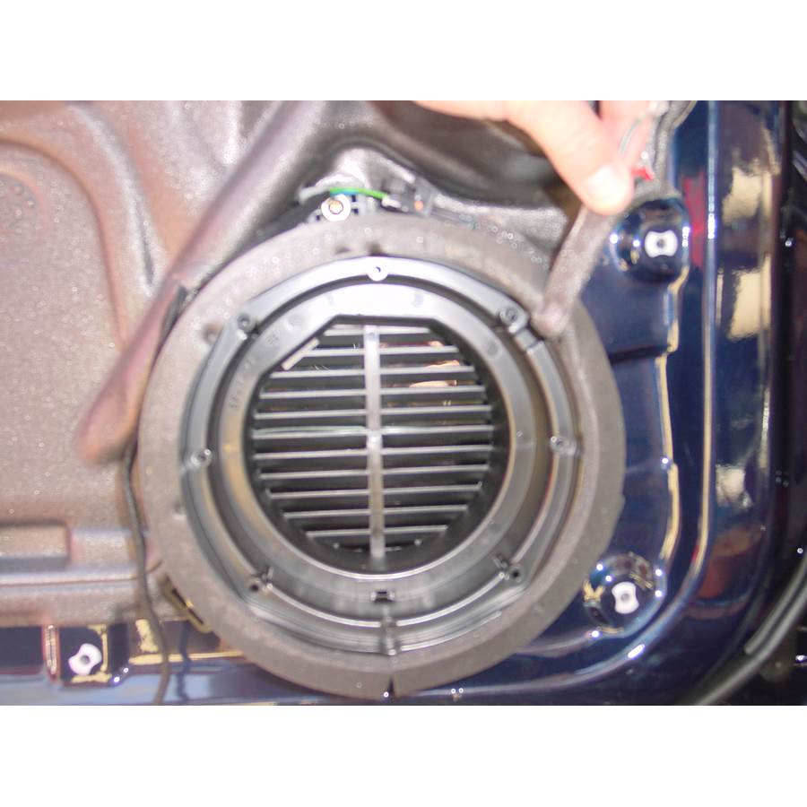 2000 Mercedes-Benz ML320 Front door woofer removed