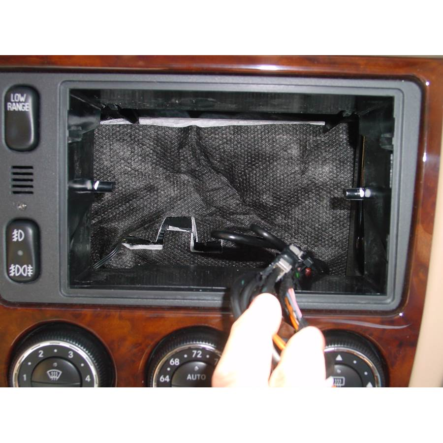 2000 Mercedes-Benz ML320 Factory radio removed
