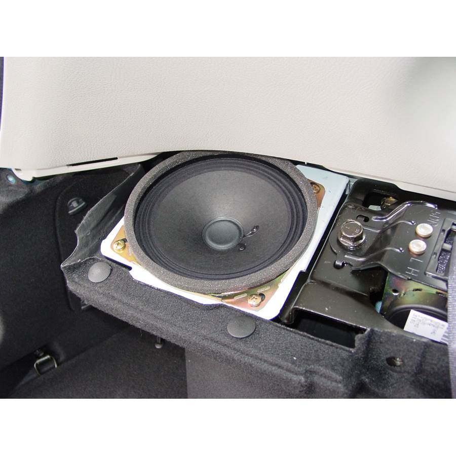 2006 Kia Spectra5 Side panel speaker
