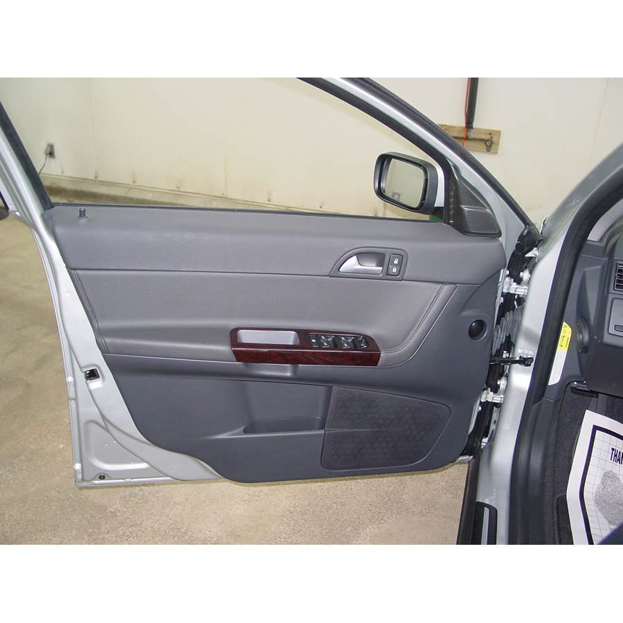 2008 Volvo S40 Front door speaker location