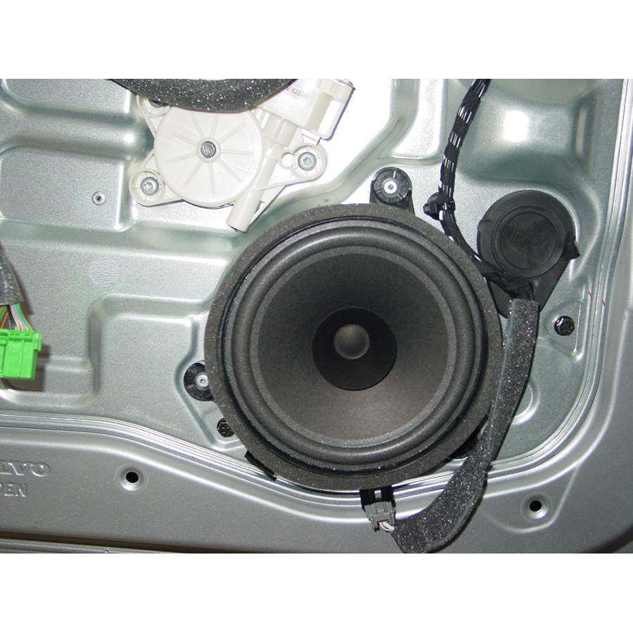 2008 Volvo S40 Front door woofer