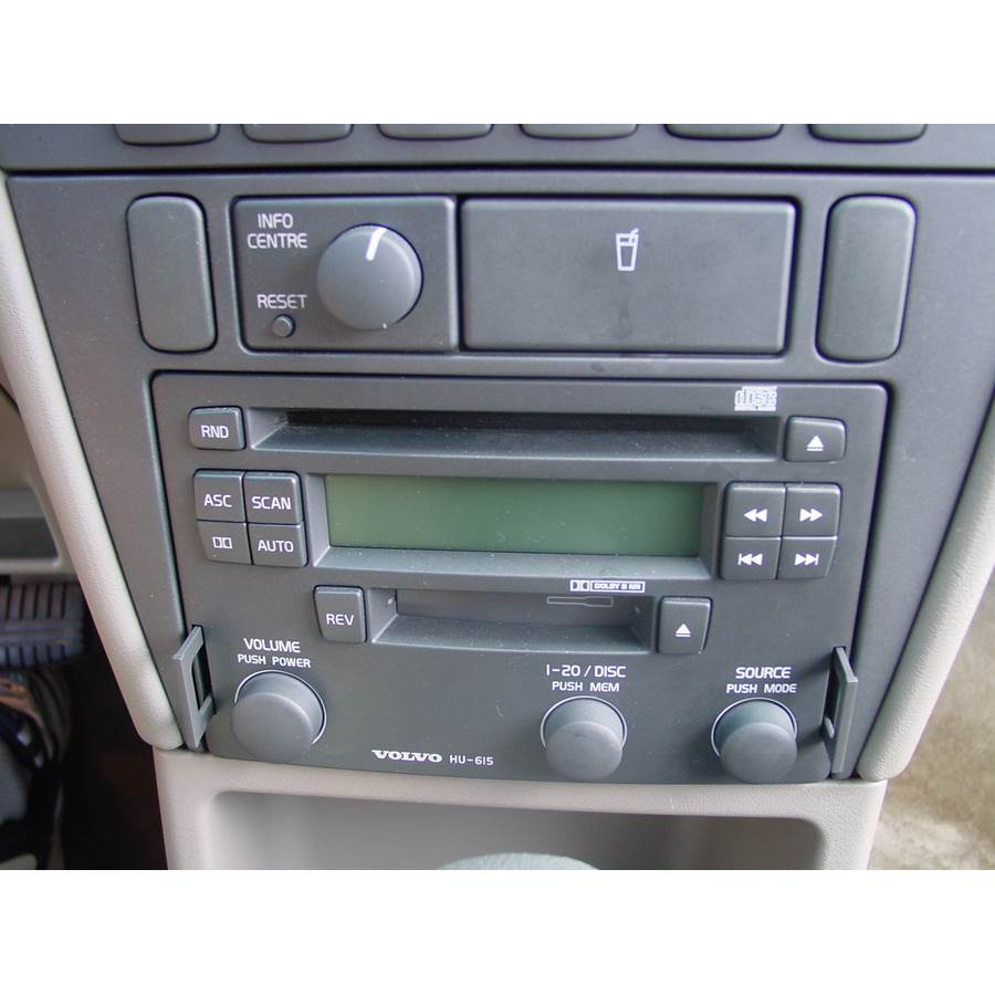 2001 Volvo V40 Factory Radio