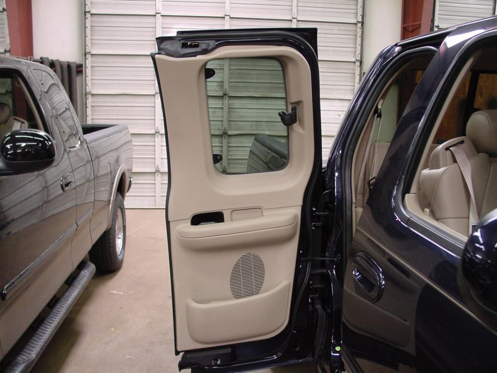 ford f-150 supercab rear door