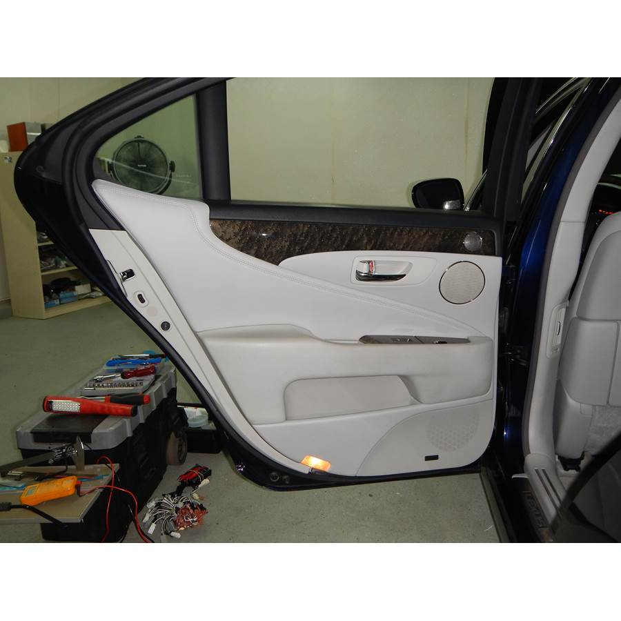 2011 Lexus LS600hL Rear door speaker location