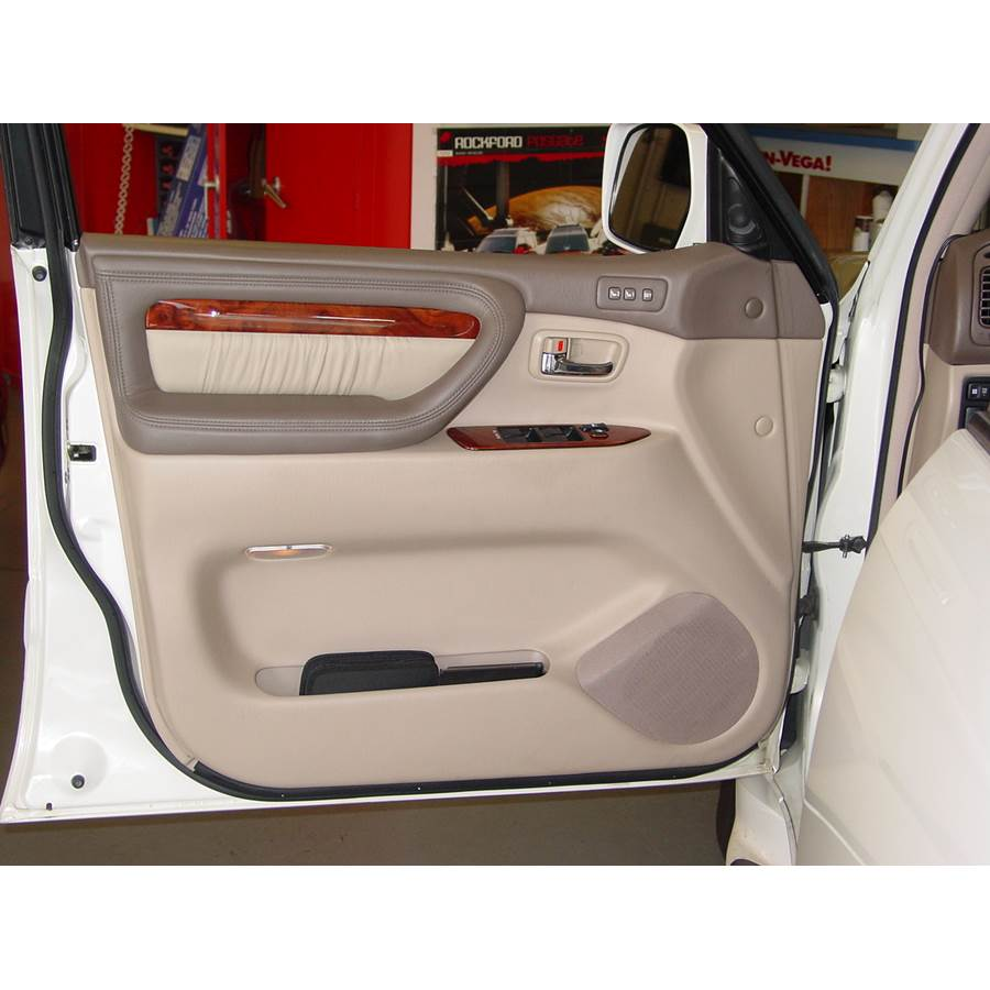 1998 Lexus LX470 Front door speaker location