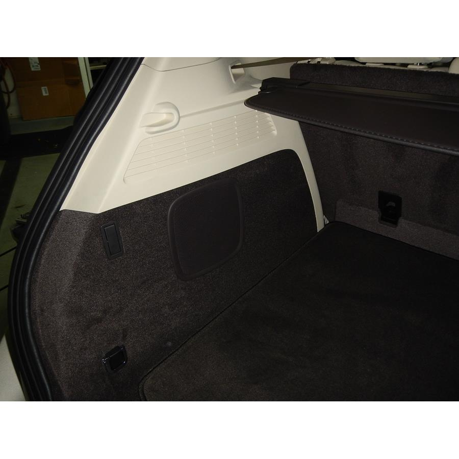 2017 Lincoln MKC Far-rear side speaker location