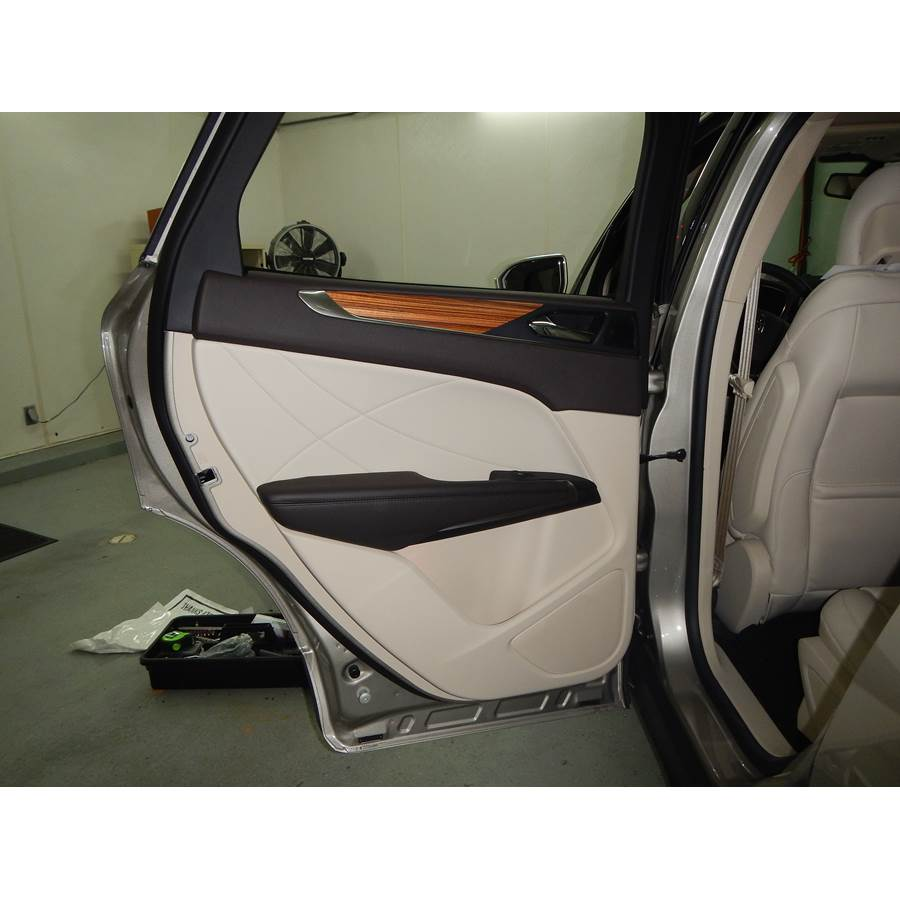 2017 Lincoln MKC Rear door speaker location