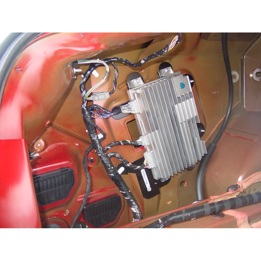 2009 Lincoln MKS Factory amplifier