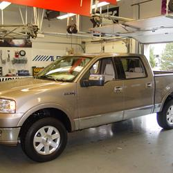 2008 Lincoln Mark LT Exterior