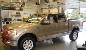 2006 Lincoln Mark LT Exterior
