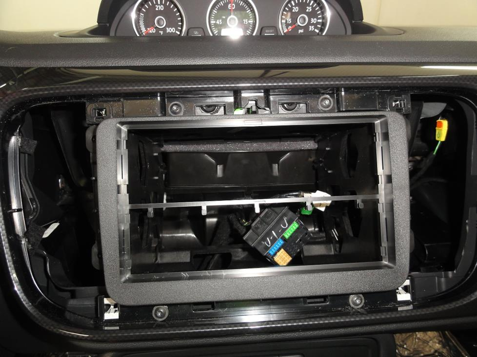 vw beetle aftermarket radio