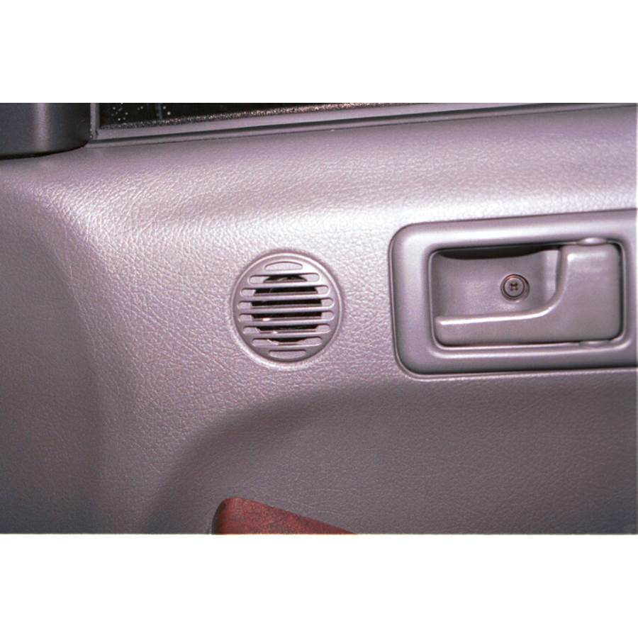 2001 Isuzu Rodeo Front door tweeter location