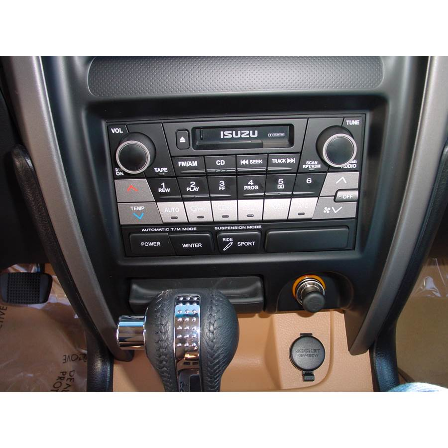 2003 Isuzu Axiom Factory Radio