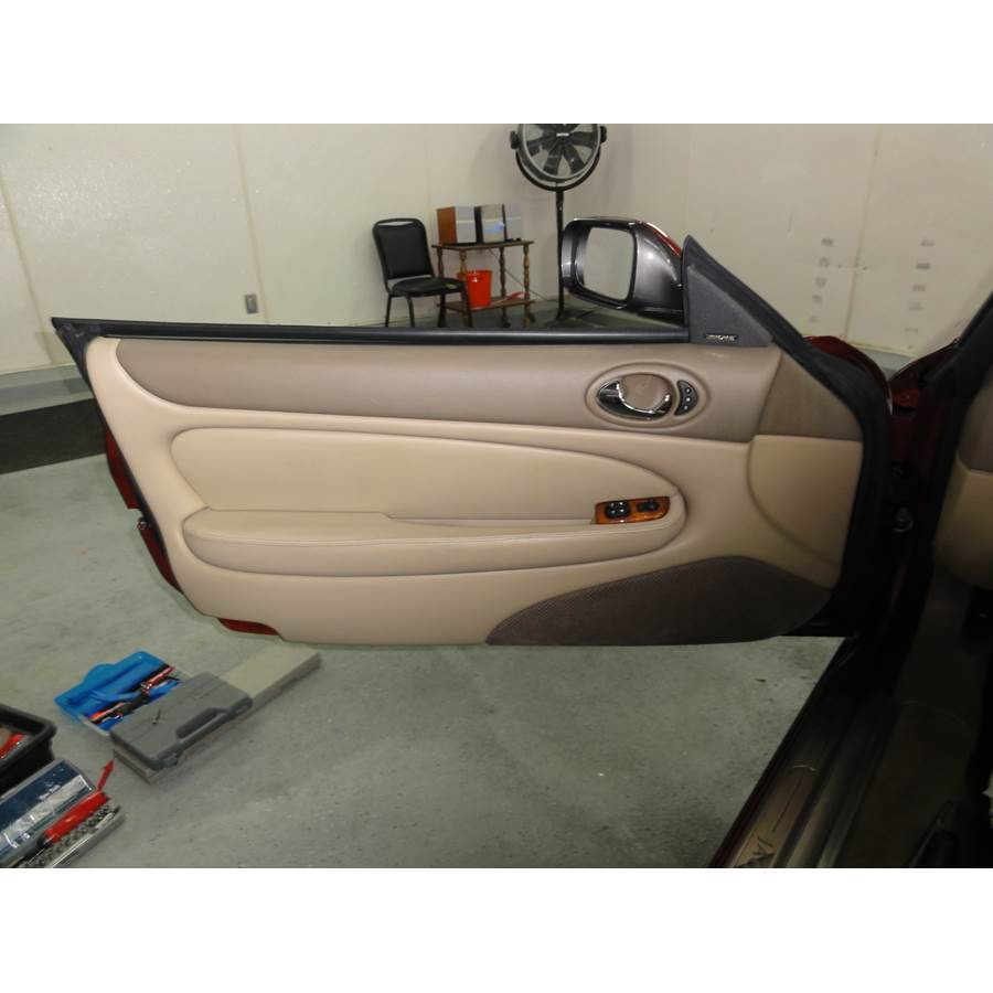 2001 Jaguar XK8 Front door speaker location