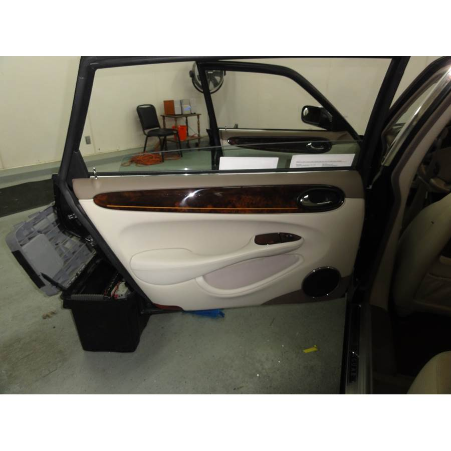 2001 Jaguar XJR Rear door speaker location
