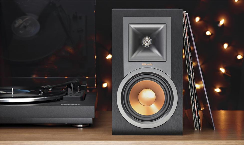 Klipsch Reference R-15PM Powered bookshelf speakers with Bluetooth® and built-in phono preamp
