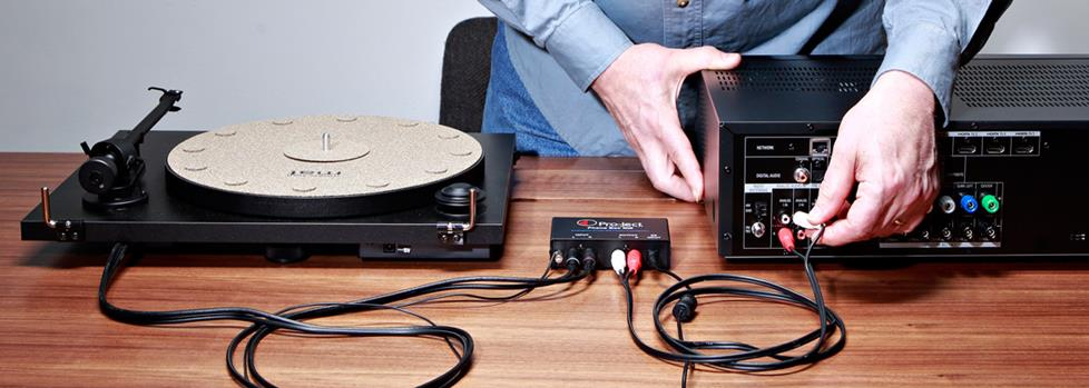 Connecting a turntable and receiver to a separate outboard phono preamp