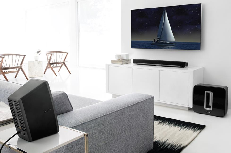Sonos PLAYBAR, SUB, PLAY:3 speakers