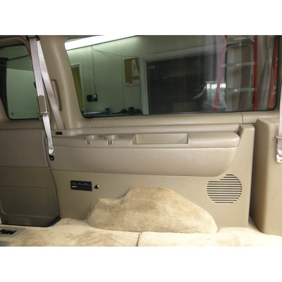 2001 Chevrolet Express Far-rear side speaker location