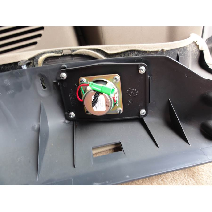 2001 Chevrolet Express Tail door speaker