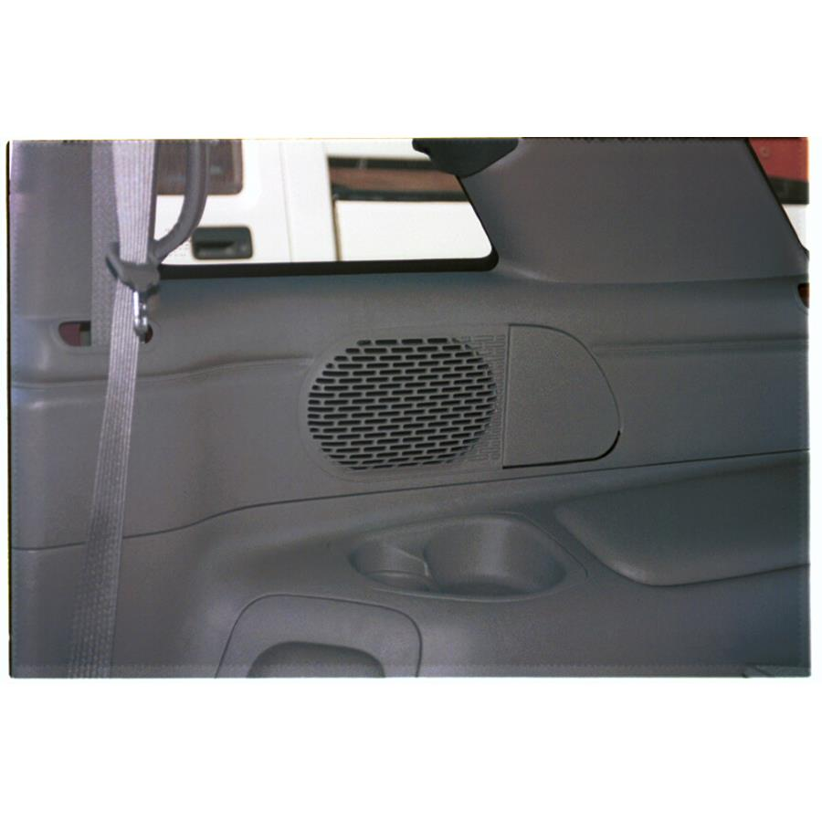 1997 Chevrolet Blazer Mid-rear speaker location