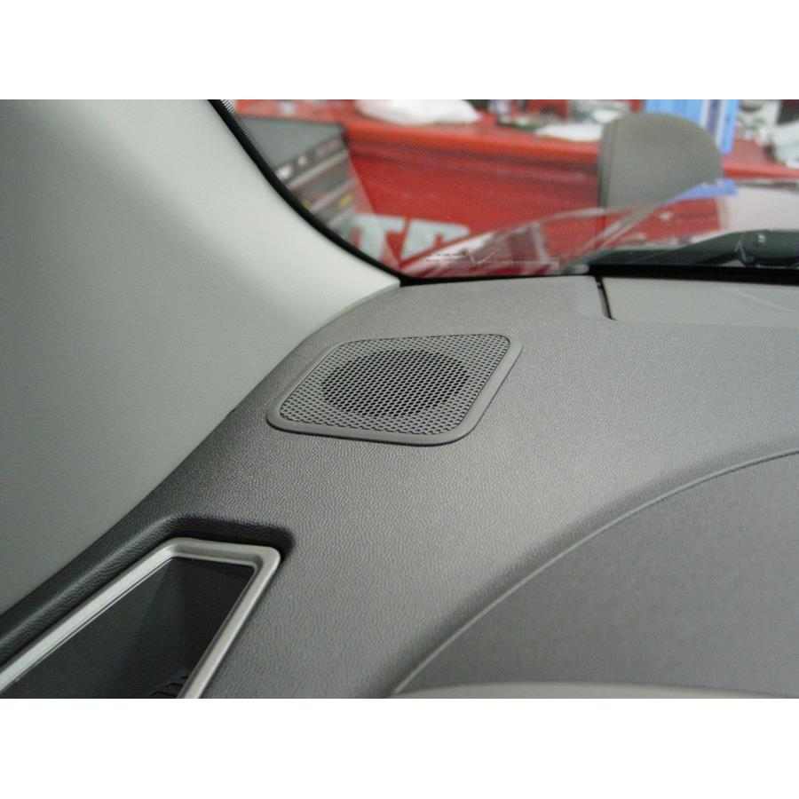 2014 Nissan Titan PRO-4X Dash speaker location