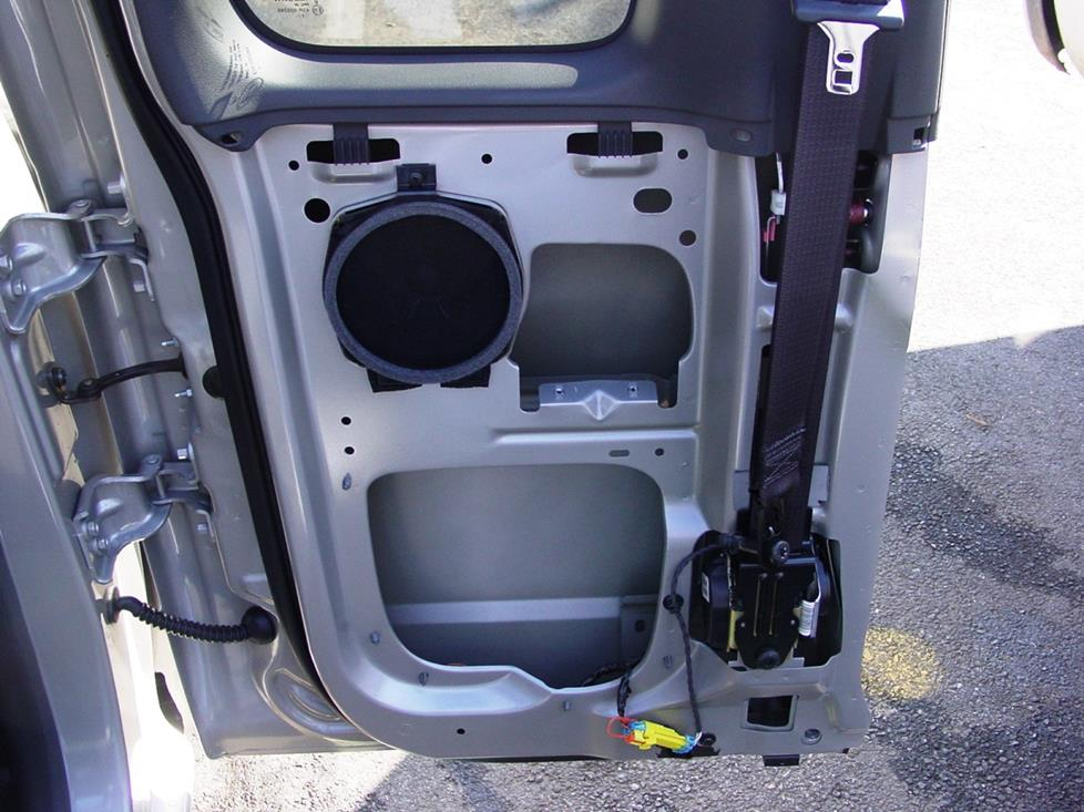 chevy colorado gmc canyon isuzu i-series extended cab rear door speakers