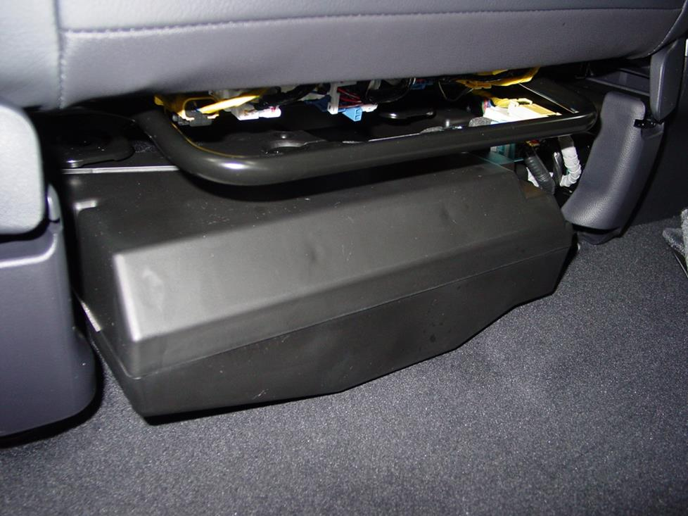 honda cr-v factory subwoofer