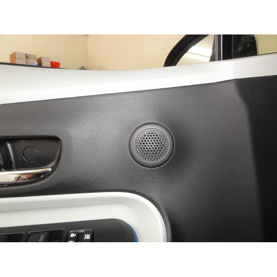 2016 Toyota Prius C Front door tweeter location