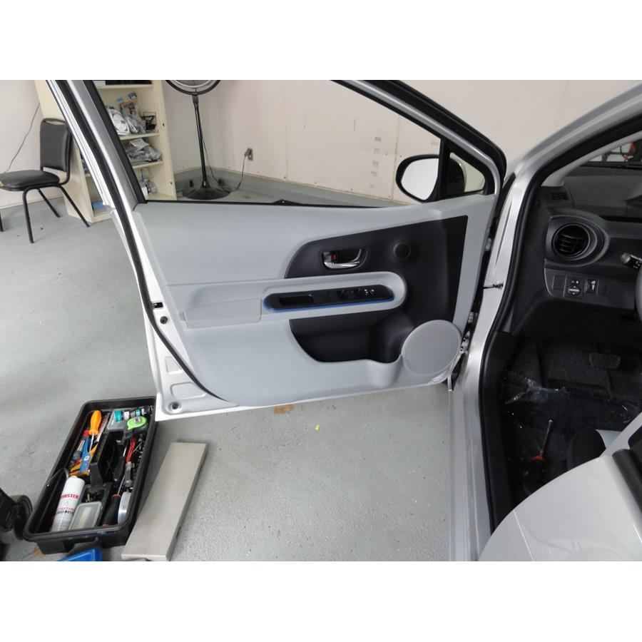 2018 Toyota Prius C Front door speaker location