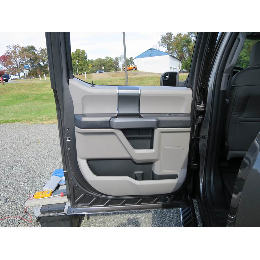 2019 Ford F-150 Platinum Rear door speaker location