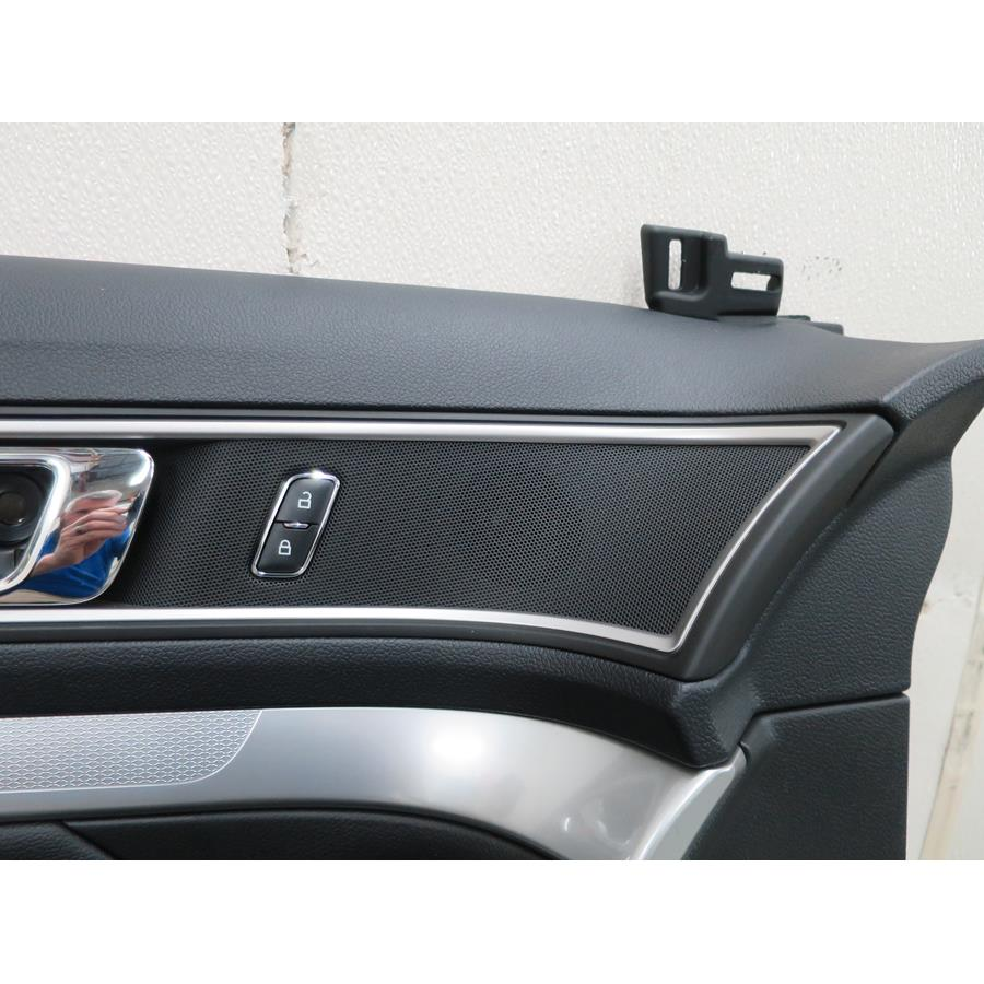 2016 Ford Explorer Front door tweeter location