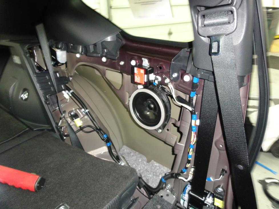 scion tc rear side speakers