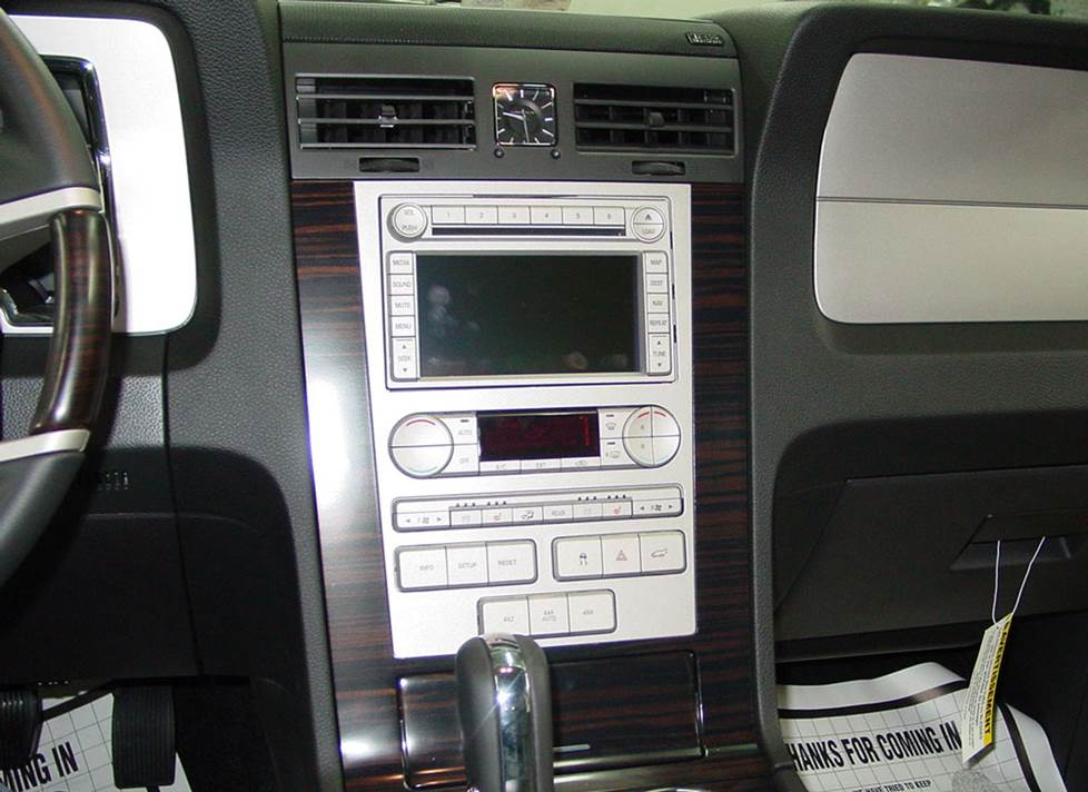 lincoln navigator receiver