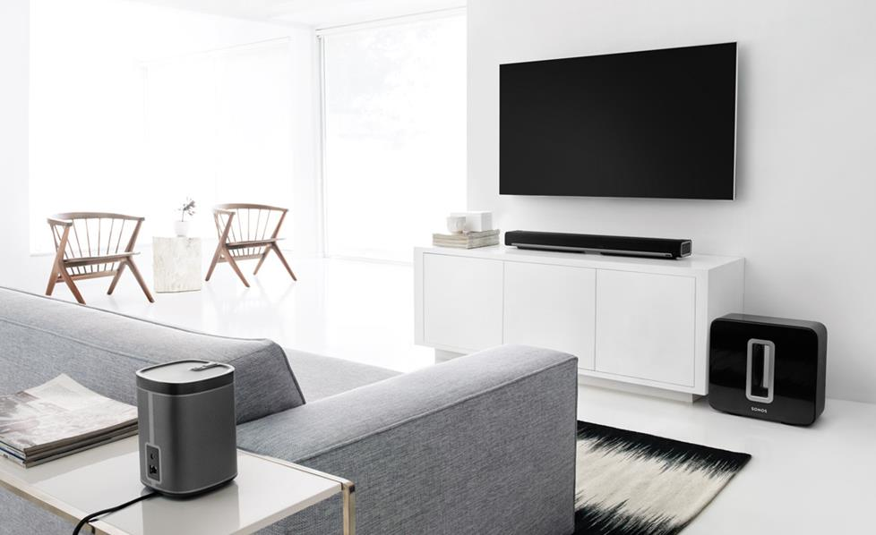 Sonos surround sound system in a modern livinf room