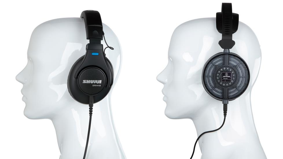 Closed-back and open-back headphones on mannequin heads