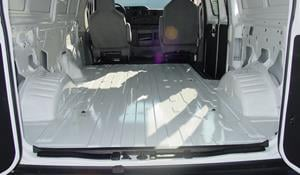 2015 Ford E-350 Cargo space