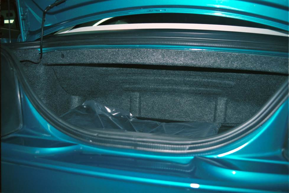 ford mustang convertible trunk