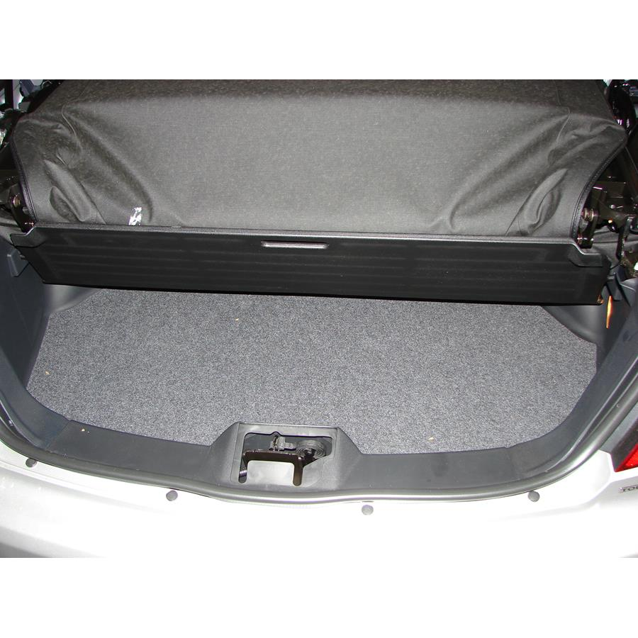2010 Chrysler Sebring Cargo space
