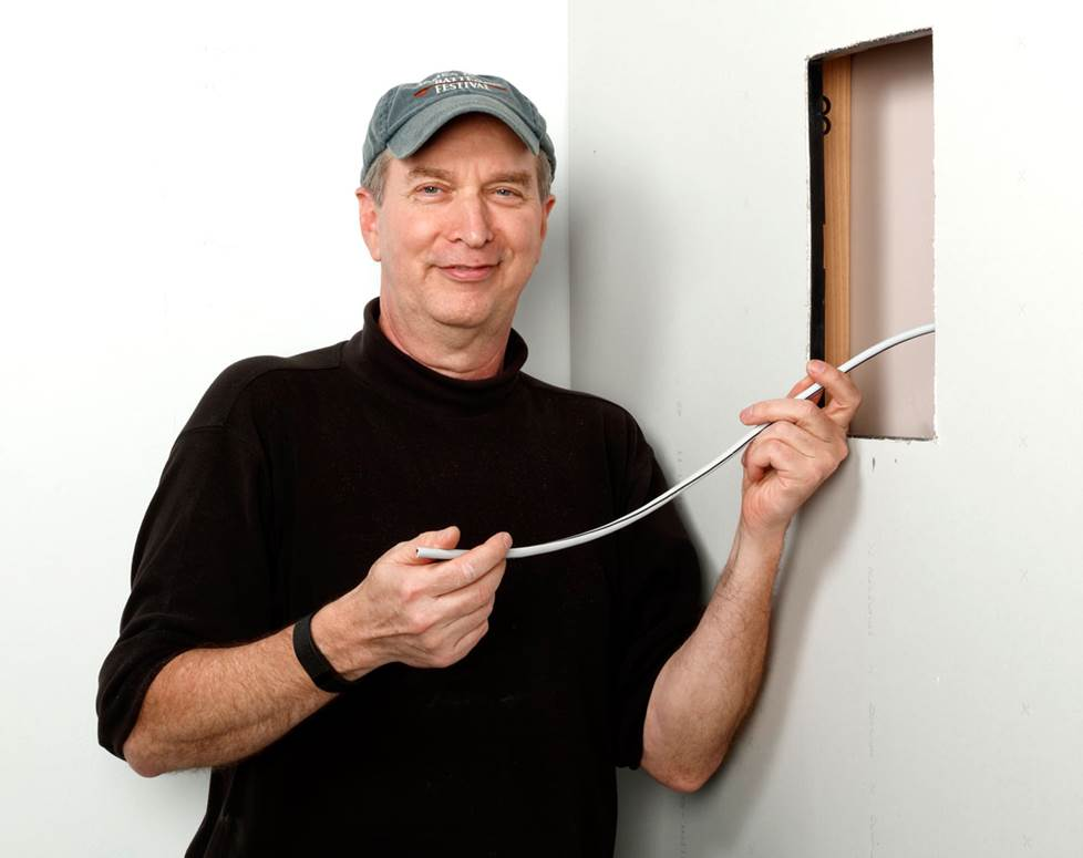 Crutchfield Advisor Norm installing a wall speaker.
