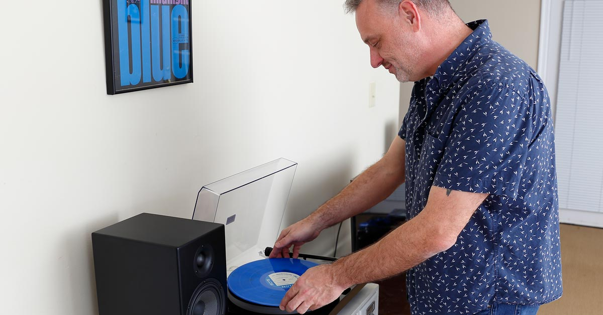 Best Turntable and Powered Speaker Bundles for 2019