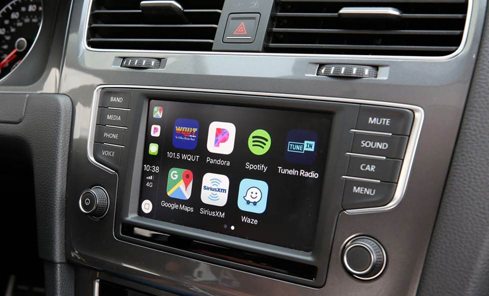 Factory radio with Apple CarPlay