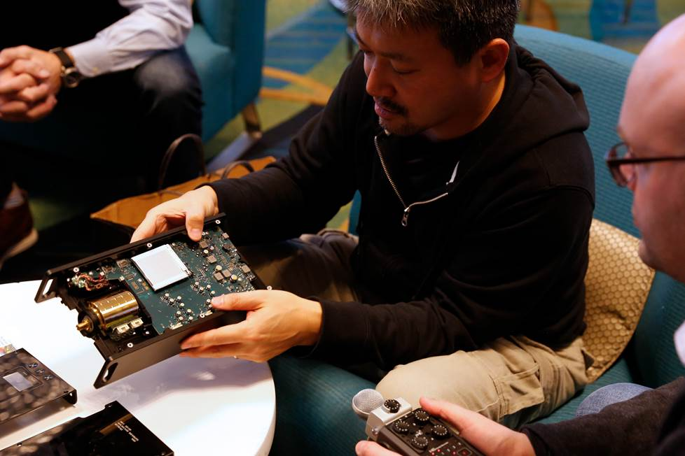 Tomoaki Sato shows us the inner workings of the DMPZ1 high res player