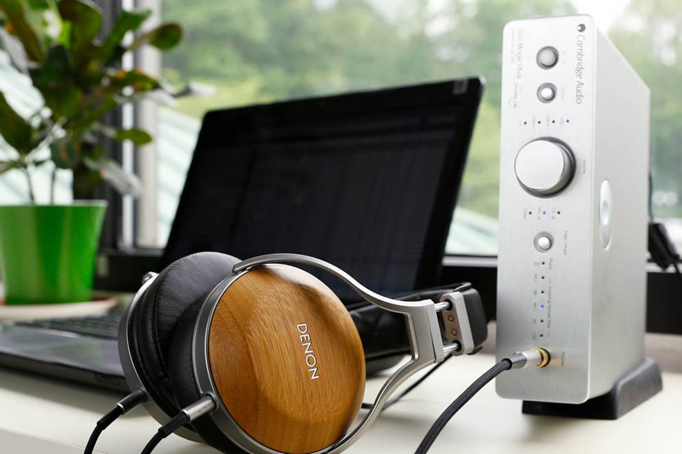 Cambridge Audio DacMagic Plus in a headphone setup