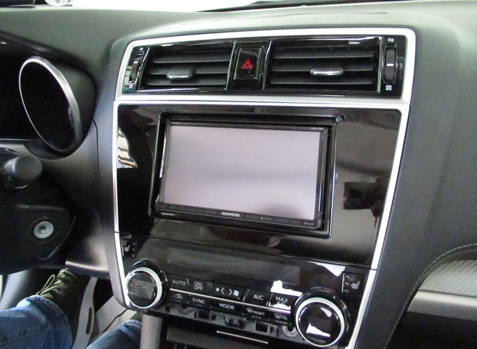 subaru outback aftermarket radio installed