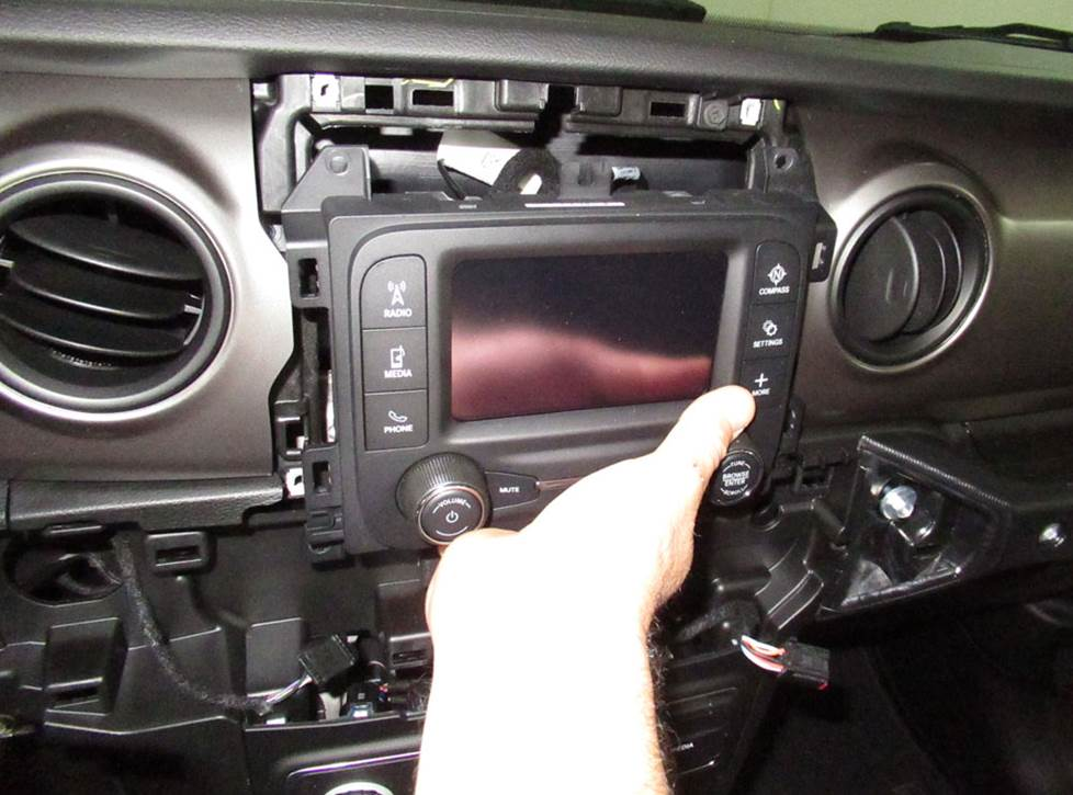 jeep wrangler factory radio 5-inch