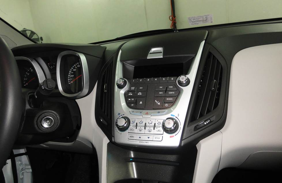 Chevrolet Equinox dash