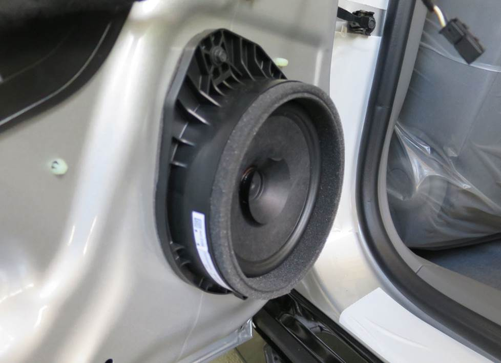 chevy volt rear door speaker